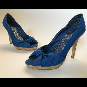 Anne Michelle Blue w/ Wooden Detail Heels